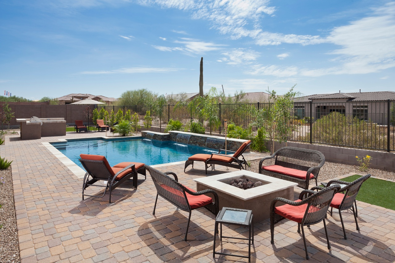 3 CONSIDERATIONS FOR DESIGNING YOUR POOL DECK