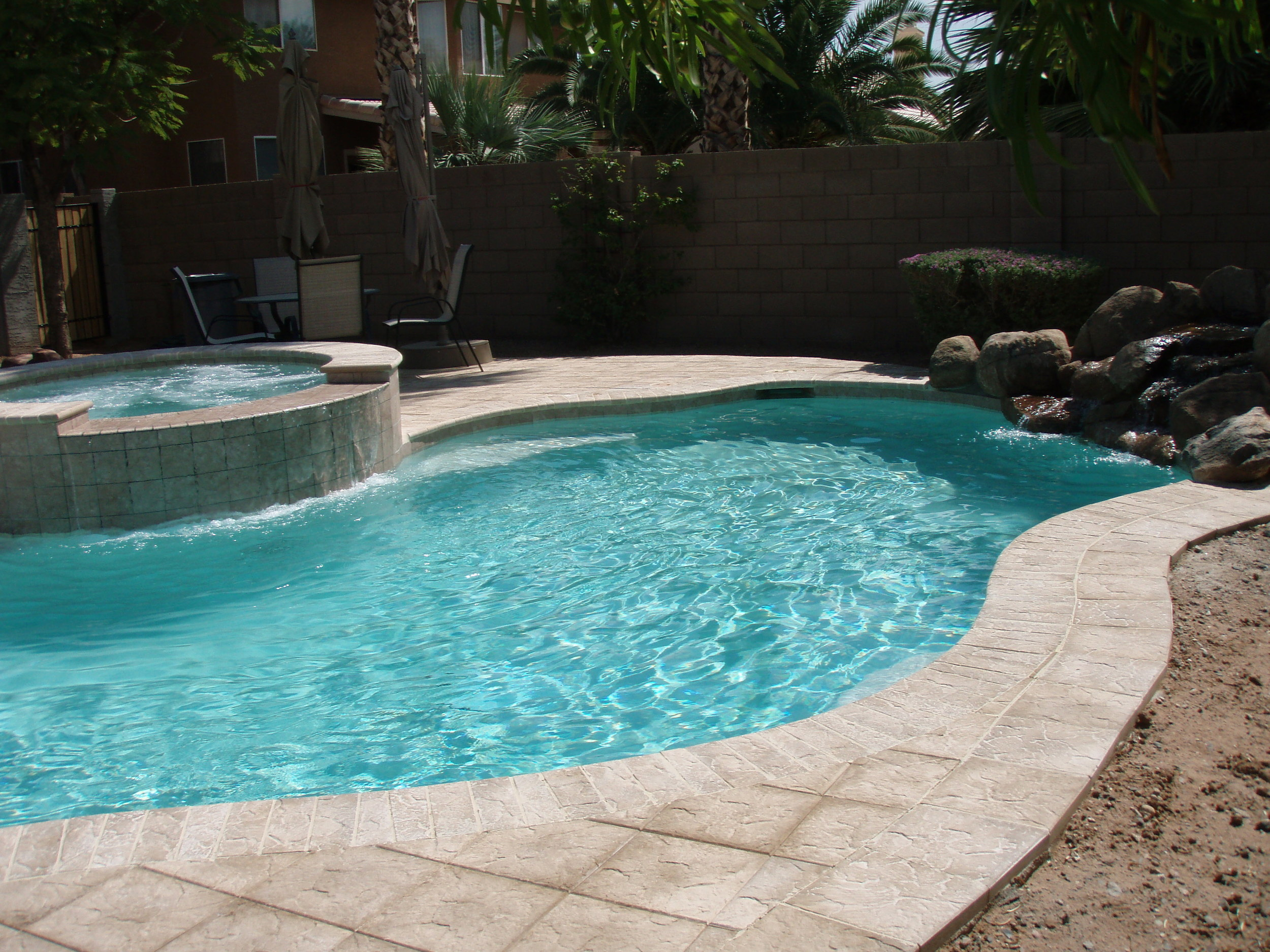 6 THINGS YOU NEED TO DETERMINE BEFORE YOU START SHOPPING FOR A NEW POOL