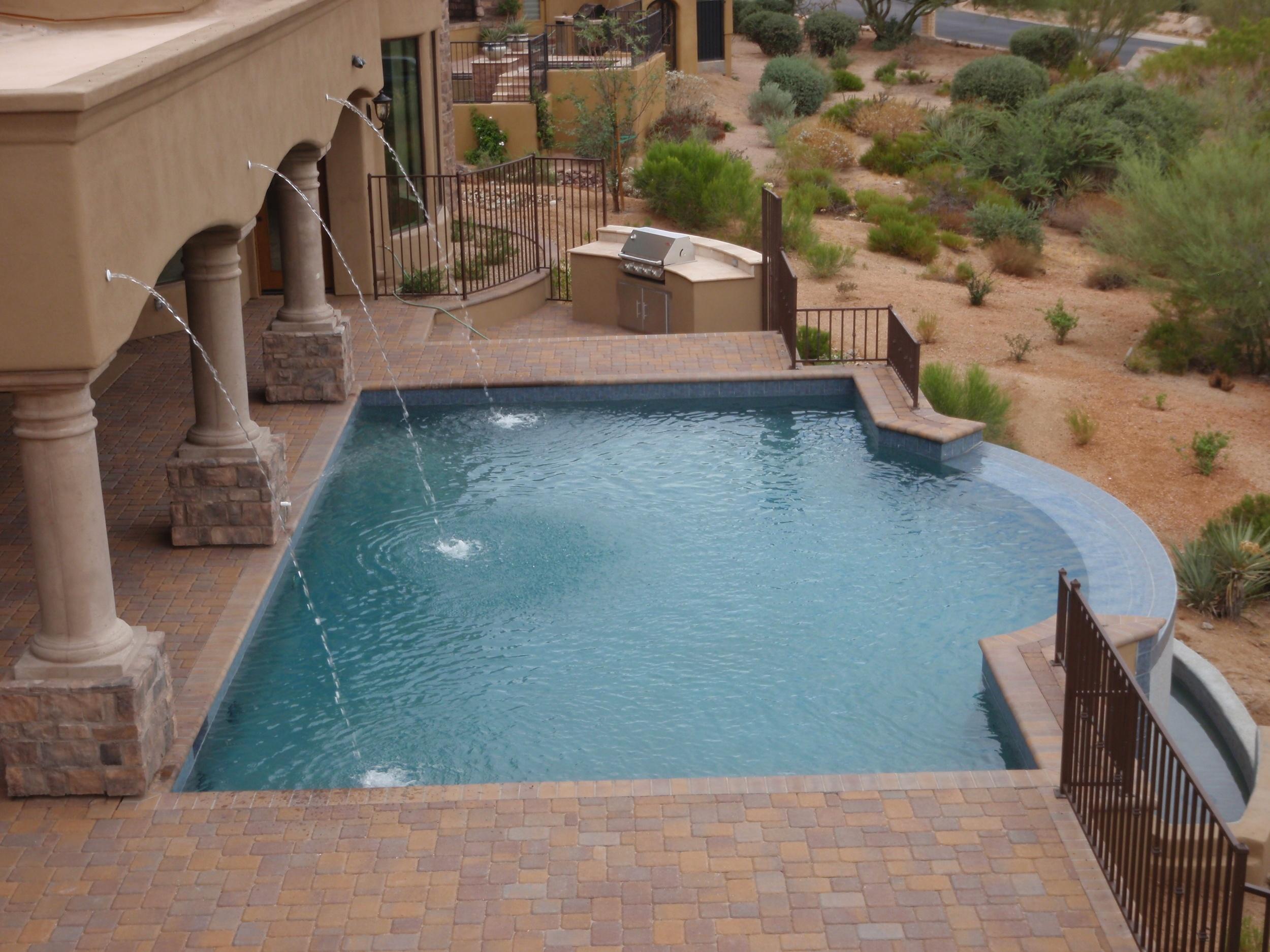 Choosing A Pool Shape